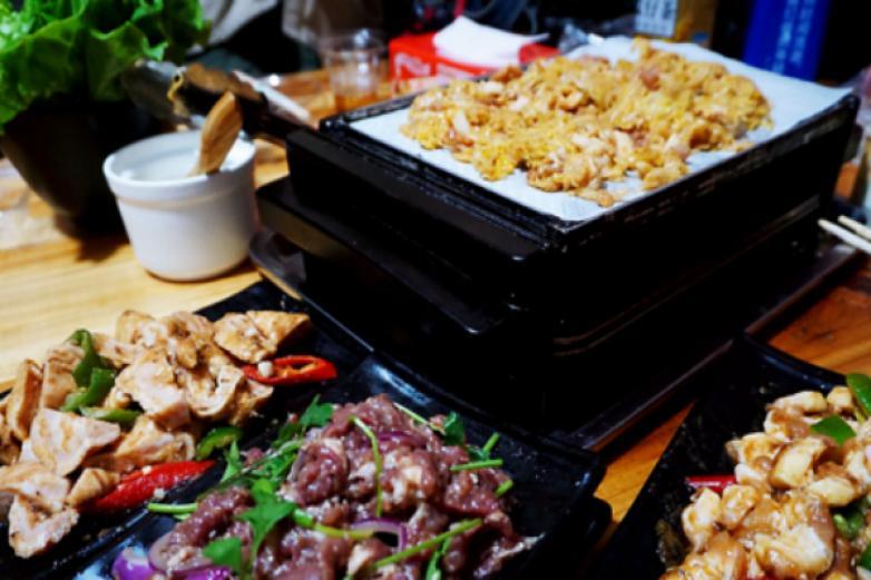 江记华隆纸上烤肉加盟