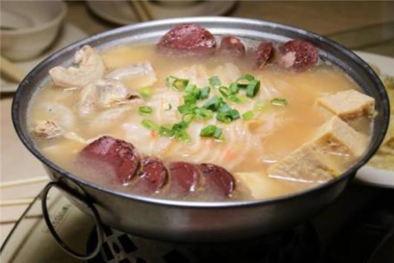 围炉酸菜白肉火锅加盟