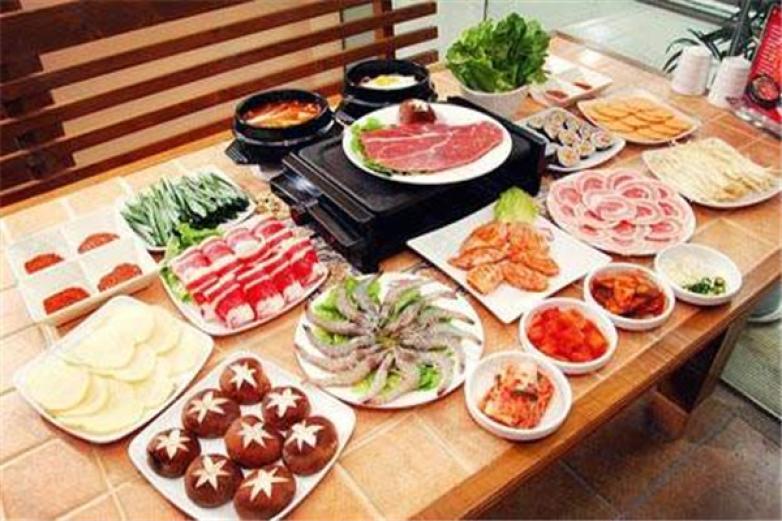 韩中阁自助烤肉加盟