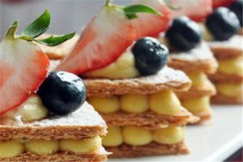 瑞丰酥糖甜品加盟