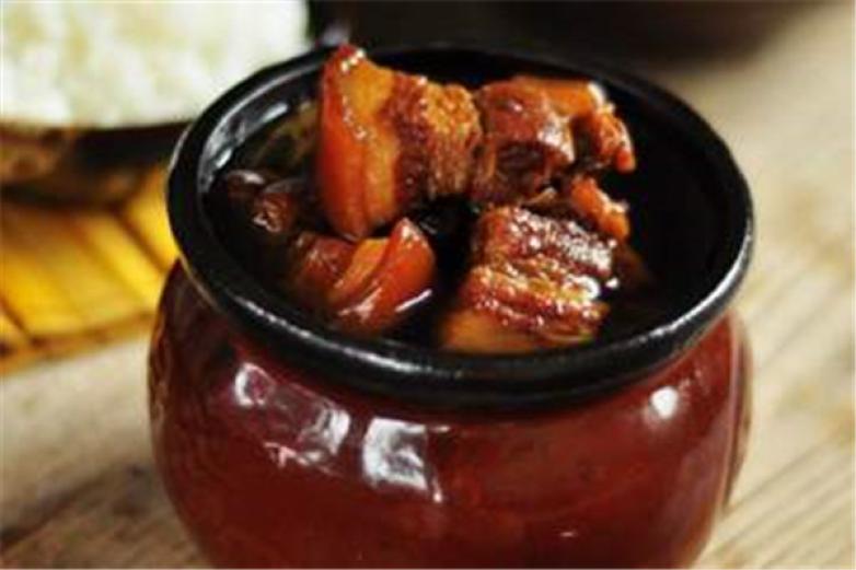 碳烧老坛坛肉加盟