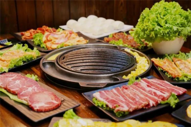 炭火烤肉铺加盟