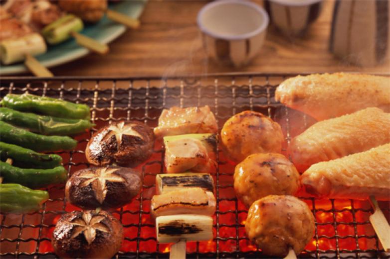 尚品自助燒烤涮加盟