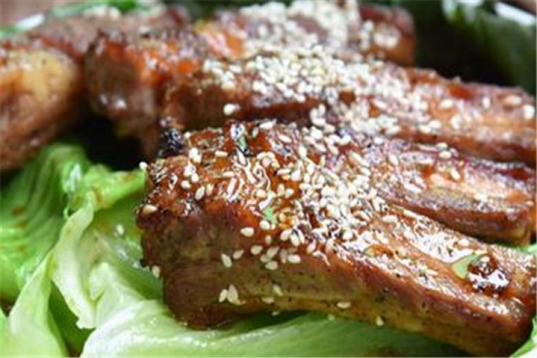 烤排骨拌肉饭加盟