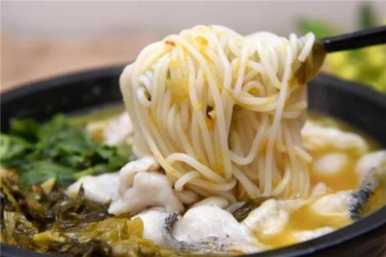 鱼米滋香酸菜鱼米线加盟