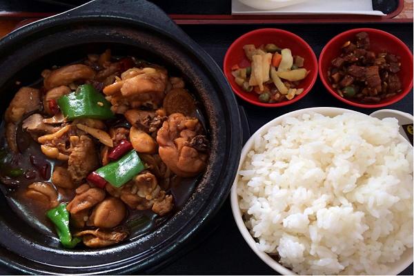 黄焖鸡米饭如何加盟