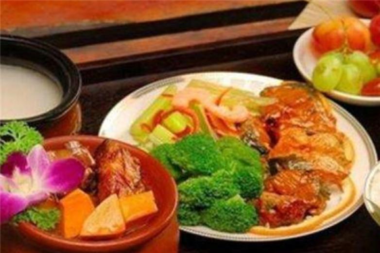豪贝轩中式快餐加盟