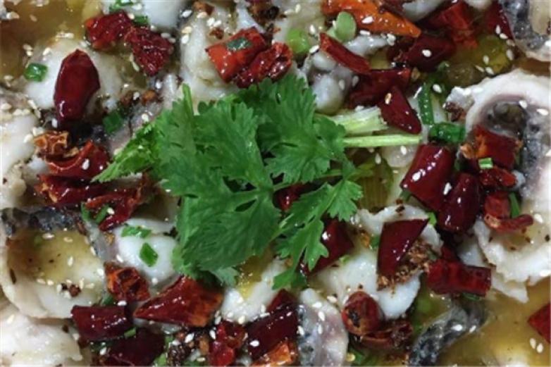 小二酸菜魚加盟