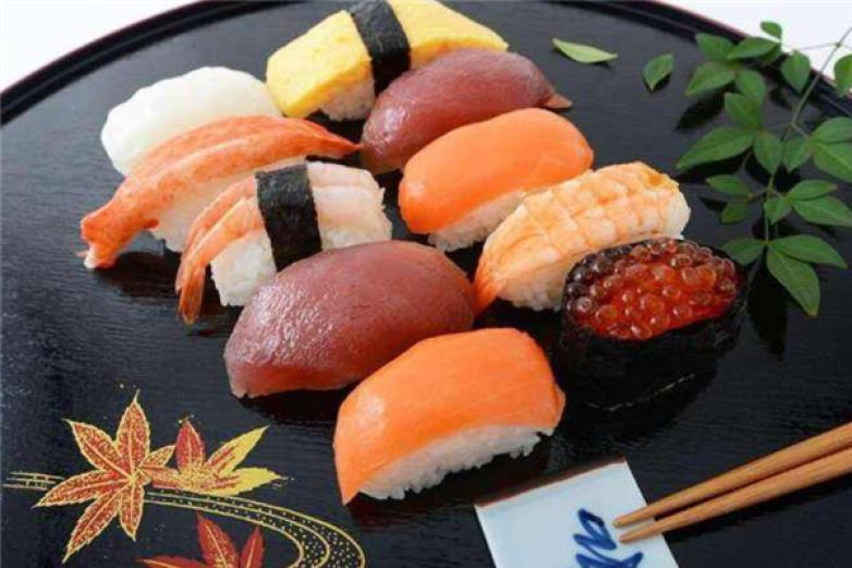 七之月寿司加盟