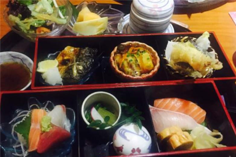 十里豪大寿司加盟