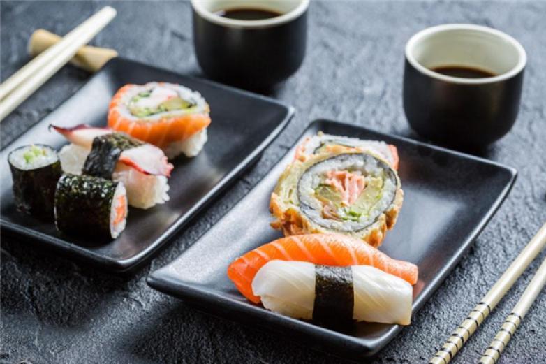 花禾寿司加盟