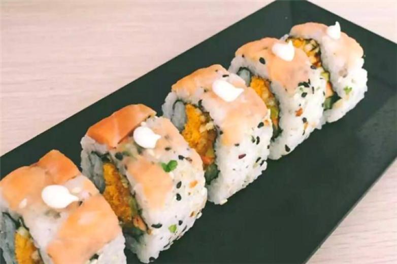 卷飞天寿司加盟