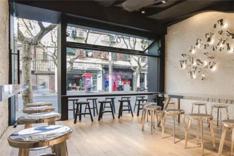 红摩卡咖啡馆加盟