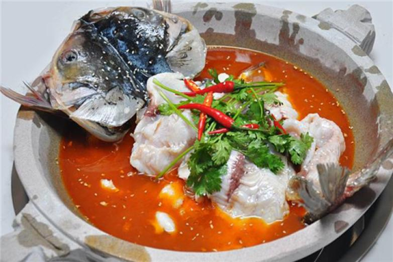 九里乡石锅鱼加盟
