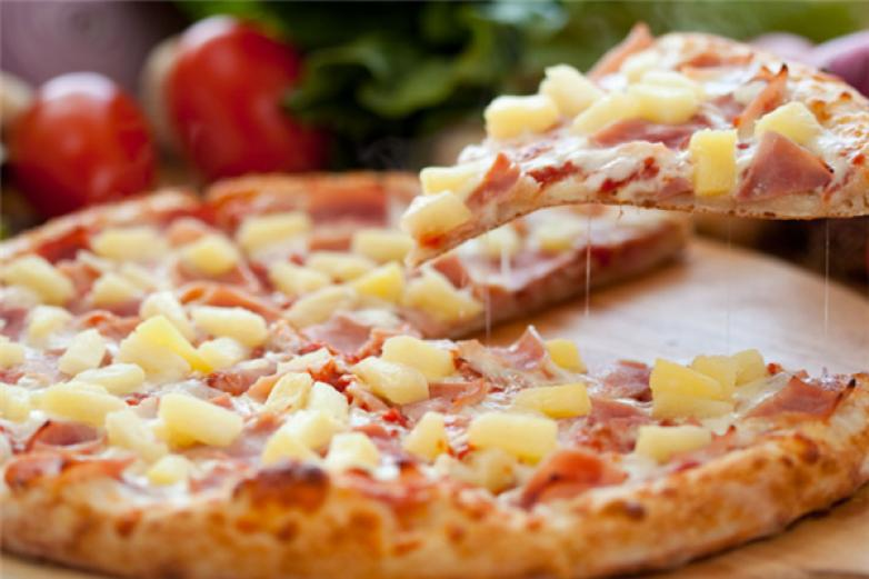 欢乐披萨加盟