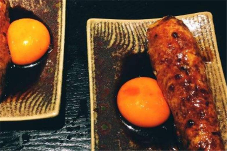 八吉烧鸟日式炭烧料理加盟