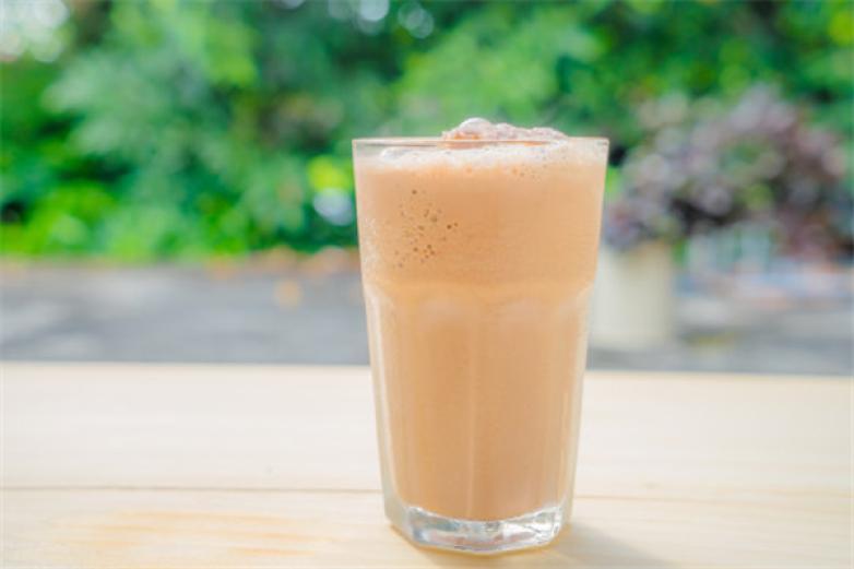 亚宙奶茶粉加盟
