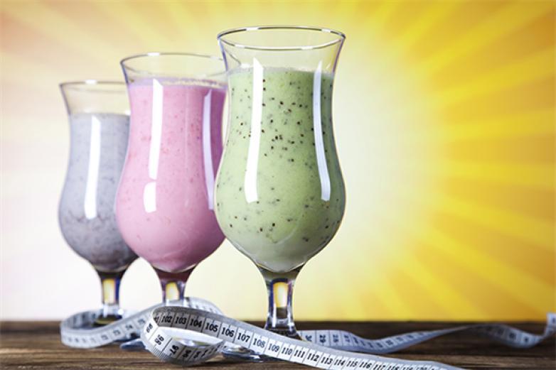 四季鲜奶吧饮品加盟