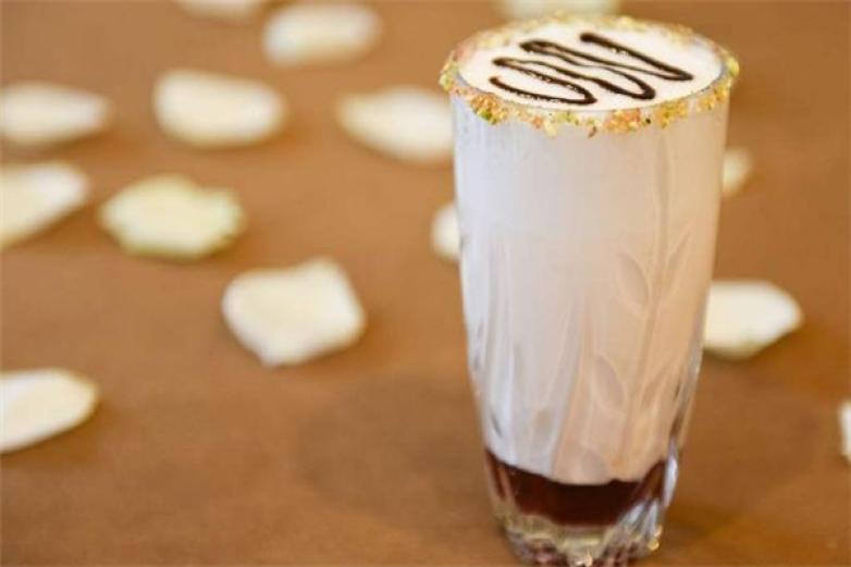 西沃鲜奶奶茶加盟