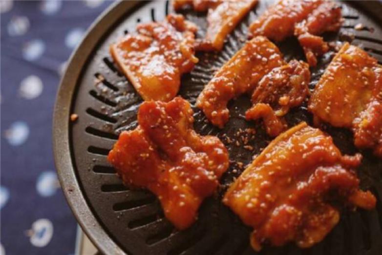 樂伯香甕烤肉加盟