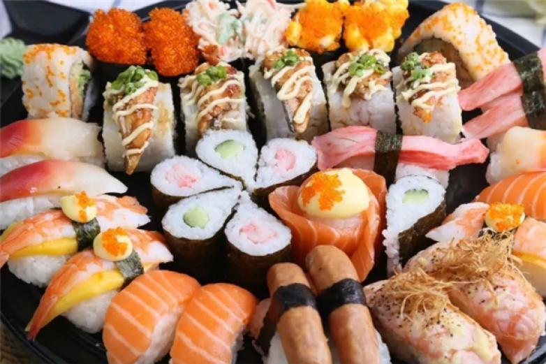 吉啦啦回轉壽司加盟