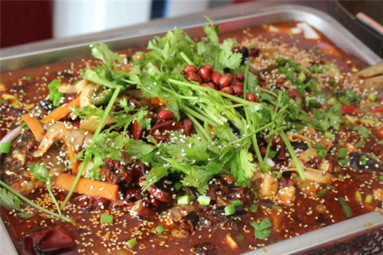 江邊山城干鍋烤魚加盟