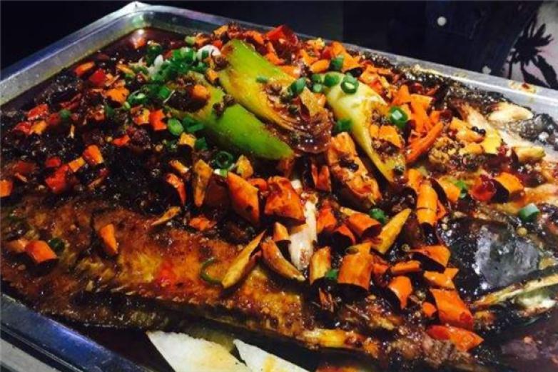 莲年有鱼烤鱼加盟