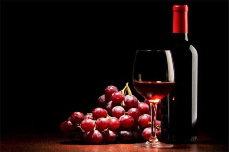 勝百利葡萄酒加盟
