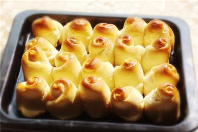 康加蜂蜜小面包加盟
