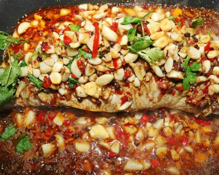 阿羅泰炭爐烤魚