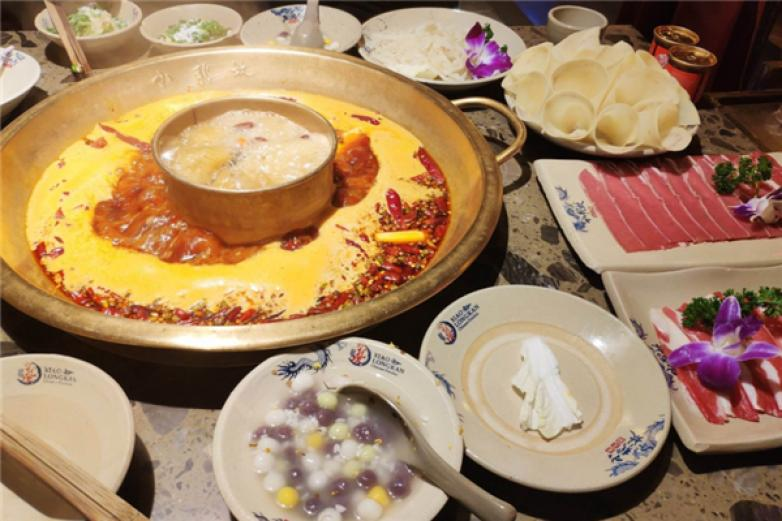 巴香王火鍋加盟