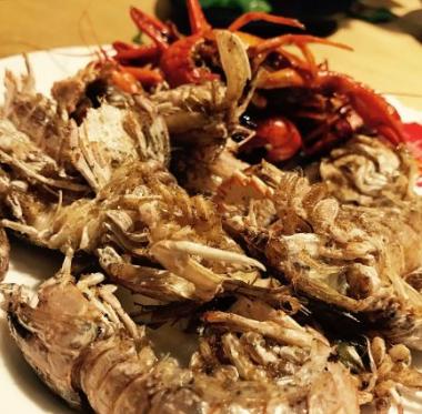 横贯线海鲜烤肉自助餐厅