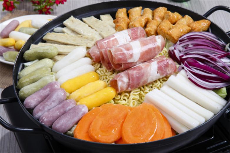 酷选韩国自助年糕火锅加盟