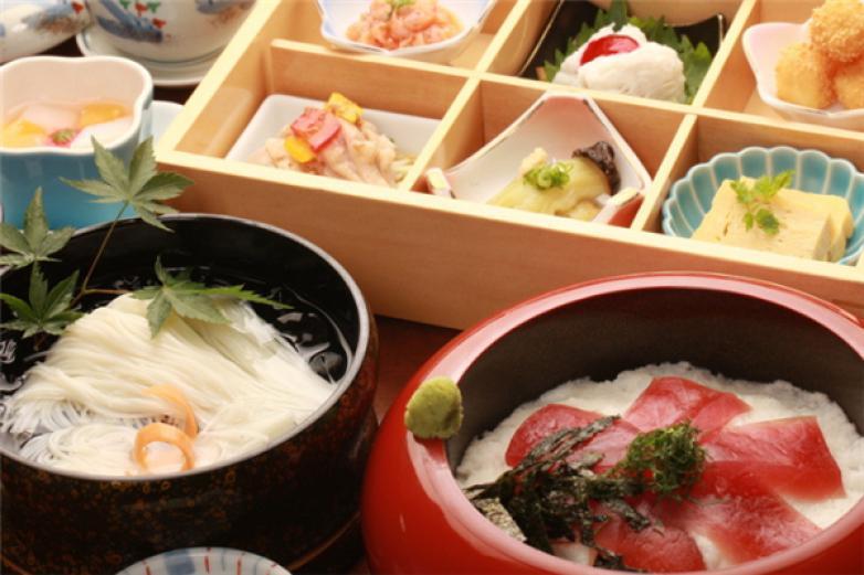 松鶴島日本料理加盟