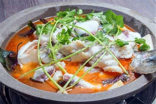 九里乡石锅鱼怎么加盟 九里乡石锅鱼加盟多少钱