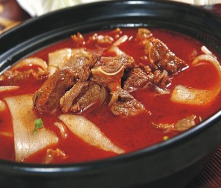 苏泊尔砂锅