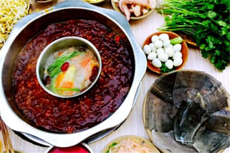 重慶喳喳老火鍋加盟