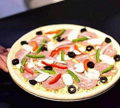 爱得乐披萨屋