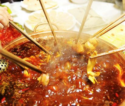 重慶涮小皖旋轉小火鍋
