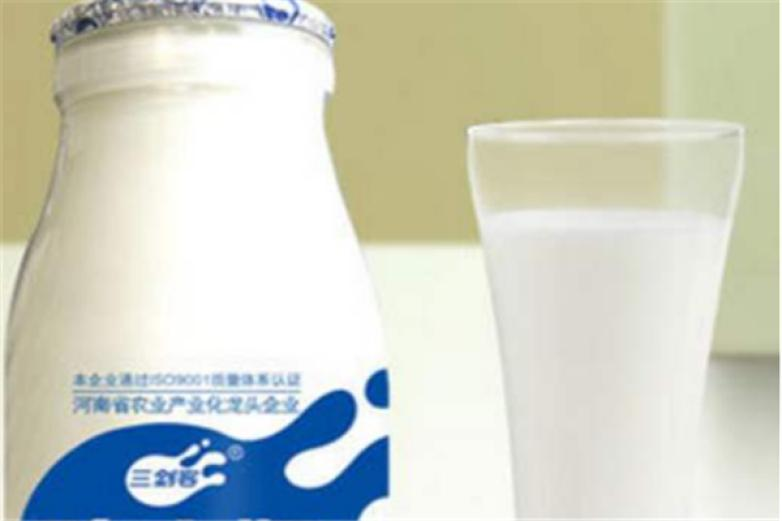 三剑客酸奶加盟