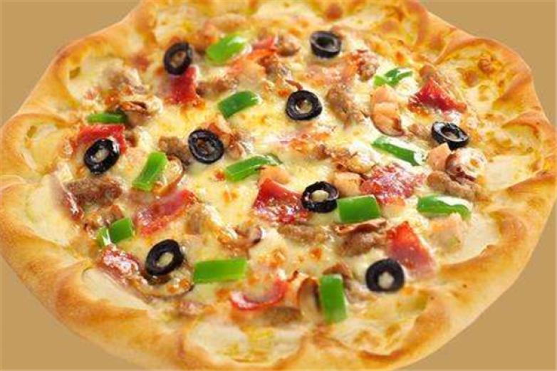 尊比披萨自助餐加盟
