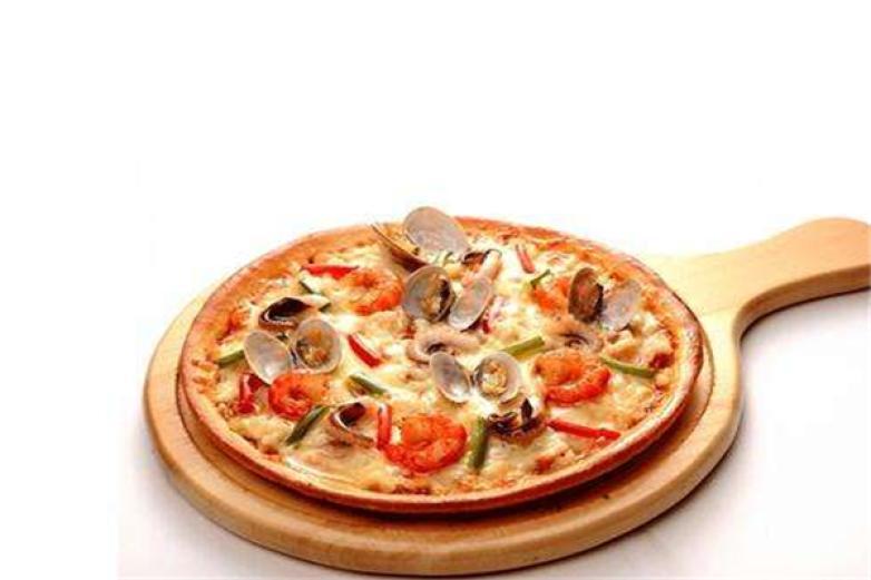 尊比披薩自助餐加盟