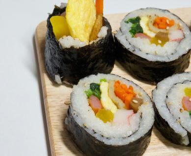 秋田先生紫菜包饭