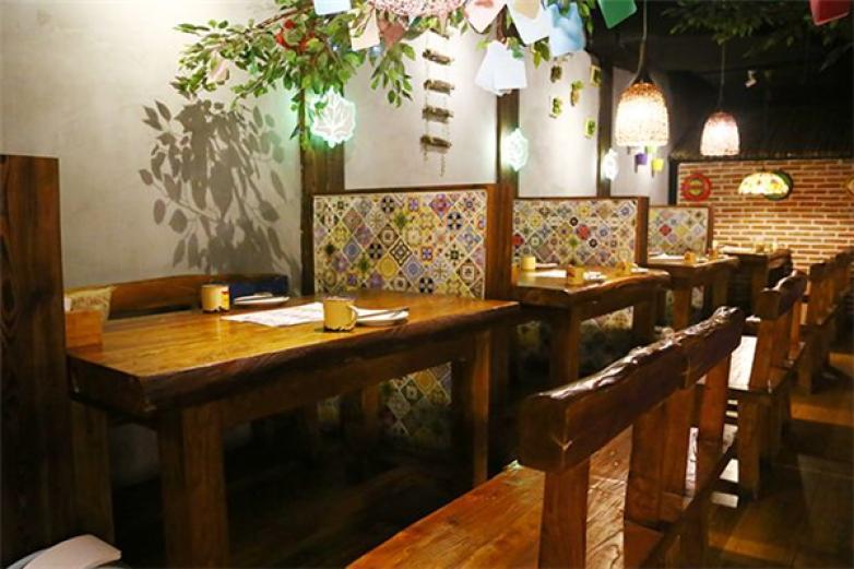 树下主题餐厅加盟