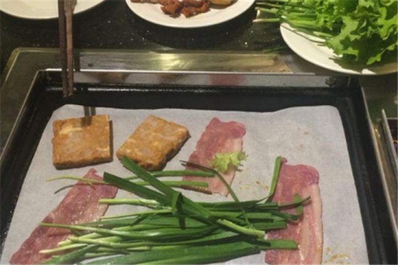 吉木自助烤肉加盟
