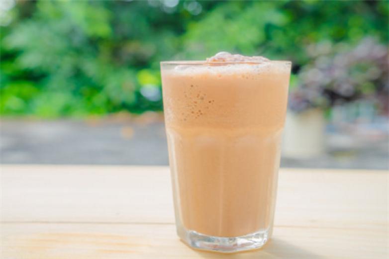 稷迈果奶茶加盟