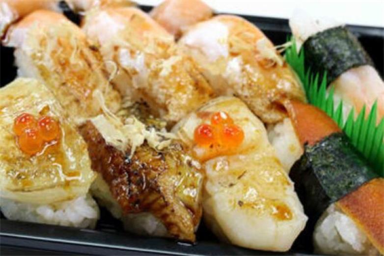 鰭點壽司加盟
