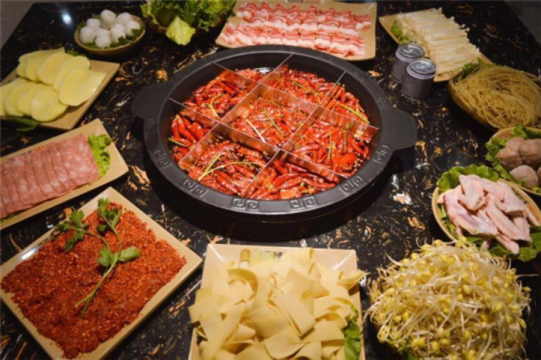 辣叁成燒菜火鍋加盟