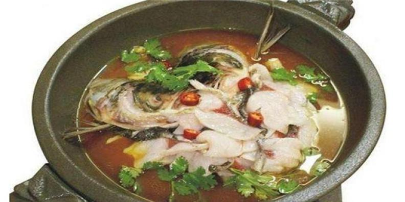 川粤石锅鱼加盟