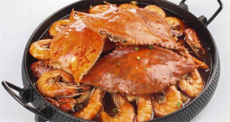 瘋味肉蟹煲加盟